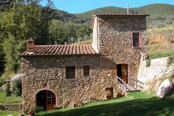Converted and restored water mill with many original architectural features. BRV ANT - Image 1 - Tuscany - rentals