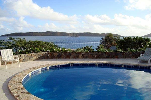 A 2-minute walk from beaches, restaurants and nightlife, this villa is situated above Clarke Rock in Leverick Bay. VG EUP - Image 1 - Leverick Bay - rentals