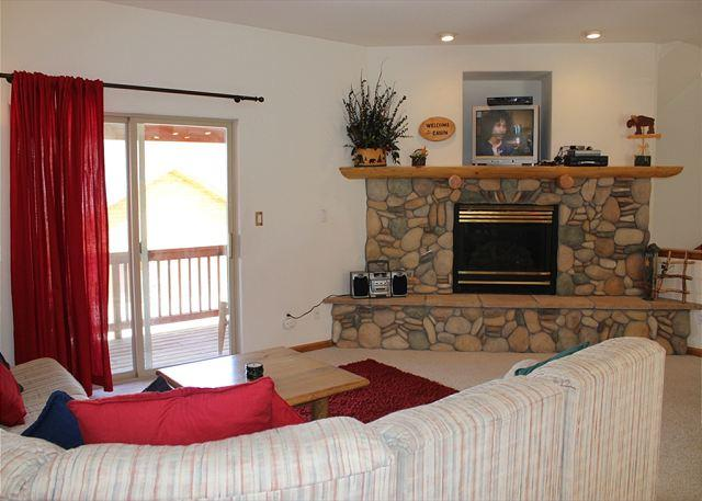 LR120L Amazing Townhouse w/Fireplace, Common Hot Tub, Garage - Image 1 - Dillon - rentals
