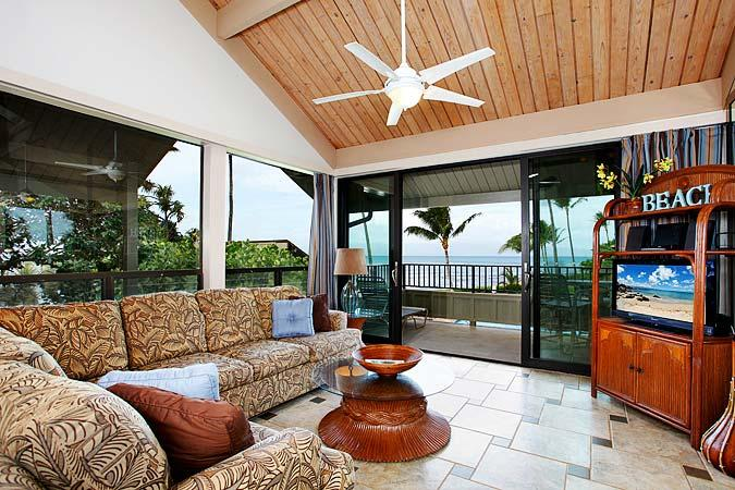 Ocean Front 2 Bedroom Luxury Condo Unit 08 - Image 1 - Lahaina - rentals