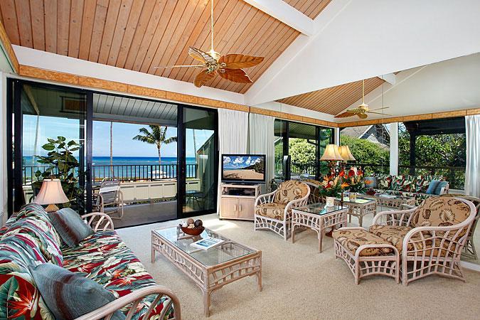 Ocean Front 2 Bedroom Luxury Condo Unit 14 - Image 1 - Lahaina - rentals