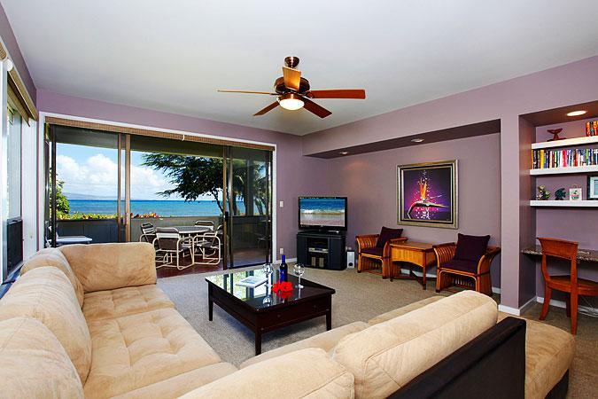 Ocean Front 3 Bedroom Deluxe Condo Unit 37 - Image 1 - Lahaina - rentals