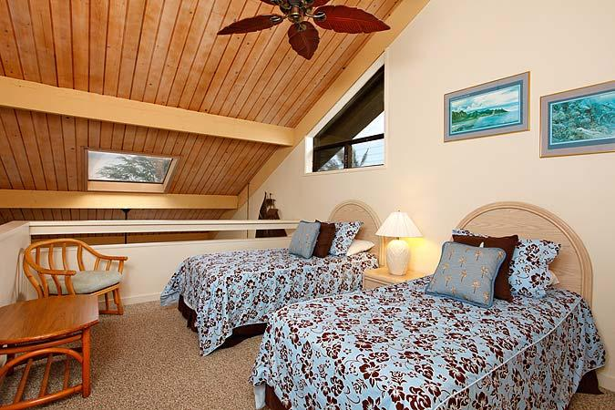 Unit 39 Ocean Front Deluxe 2 Bedroom Condo - Image 1 - Lahaina - rentals
