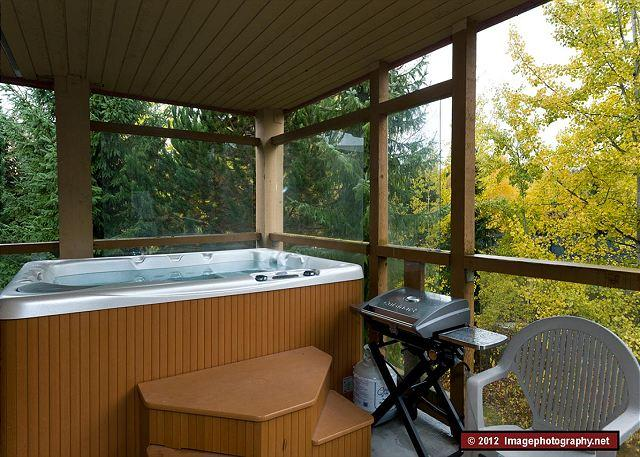 76 Glaciers Reach this 2br home has a hot tub & pool in Whistler Village - Image 1 - Whistler - rentals