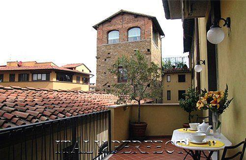 Perfect Big Sunny Terrace-Excellent Ponte Vecchio Area-Comfort-Bardi Apartment - Image 1 - Florence - rentals