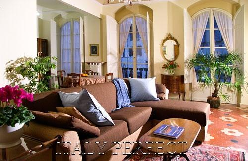 Prisco Living Room - Perfect Best Florence Historic Center A+ Reviews-Elevator-Super Central Location - Florence - rentals