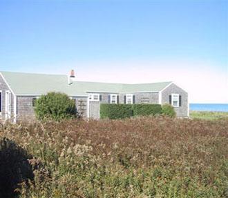 Comfortable House with 5 Bedroom & 3 Bathroom in Nantucket (9208) - Image 1 - Nantucket - rentals