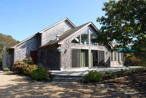 1286 - OPEN AND AIRY HOME WITH A LOVELY SCREENED IN PORCH - Image 1 - Edgartown - rentals
