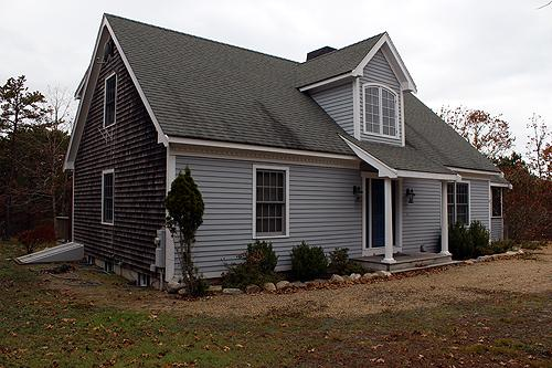 1305 - SPALSHED WITH SUNLIGHT, CASUAL WITH SOME FORMAL ELEMENTS! - Image 1 - Edgartown - rentals