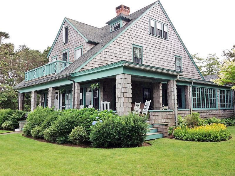 1440 - CHARMING,WATERFRONT VINEYARD CLASSIC w/COVERED PORCH - Image 1 - Vineyard Haven - rentals