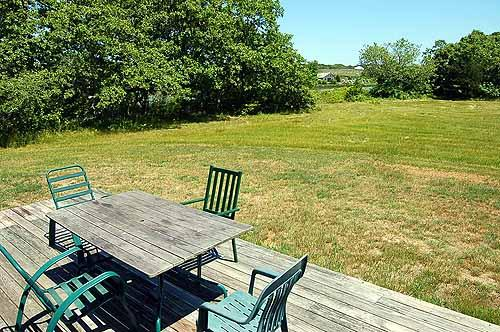 1454 - STROLL DOWN TO THE POND TO COOL OFF OR GO KAYAKING ON A WARM DAY - Image 1 - West Tisbury - rentals