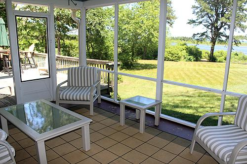 317 - Enjoy Beautiful Waterviews While Relaxing on the Back Deck - Image 1 - Oak Bluffs - rentals