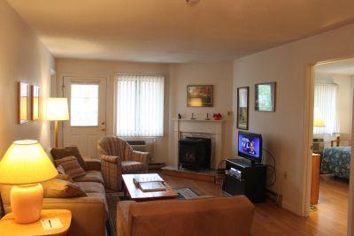 2BR condo with balcony, free Wi-Fi - B2 219B - Image 1 - Lincoln - rentals