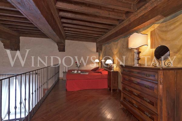 Santa Croce 2 Bedroom Apartment from Windows on Italy - Image 1 - Florence - rentals