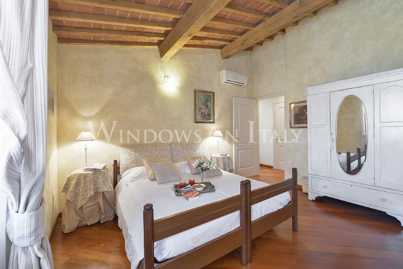 Servi - Windows on Italy - Image 1 - Florence - rentals