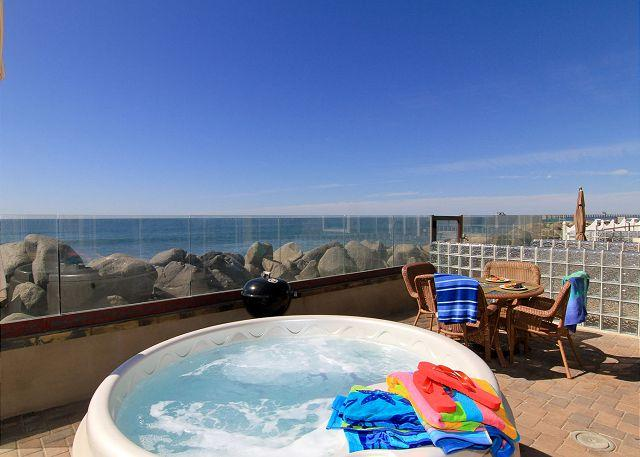 Private spa on oceanfront patio - Oceanfront rental with 4br/4ba, private spa, ocean patio, bbq, A/C Equipped - Oceanside - rentals