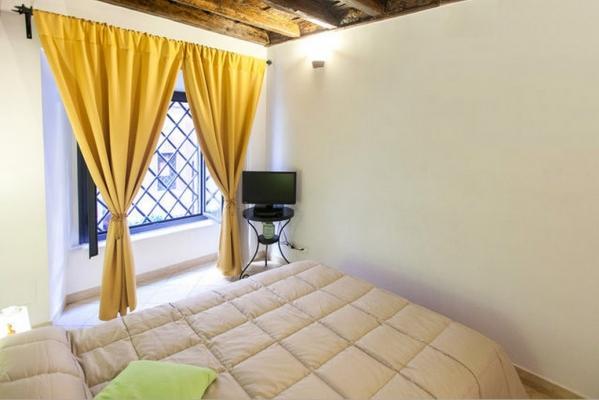 CR348 - Residenza dei Banchi Nuovi - Charme House in Navona Square - Image 1 - Rome - rentals