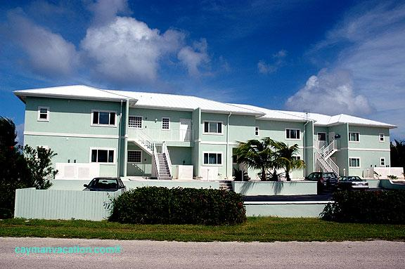 Cayman Breeze Oceanfront Condo - Image 1 - Grand Cayman - rentals