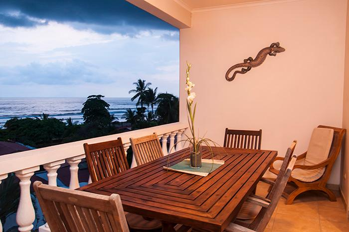 Main balcony with outside dining area and a beautiful ocean view - Paloma Blanca 4D 4th Floor Ocean View - Jaco - rentals