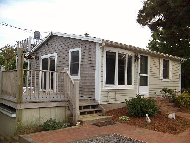 402 Wilson Avenue - 402 Wilson Ave. at Lecount Hollow - Wellfleet - rentals