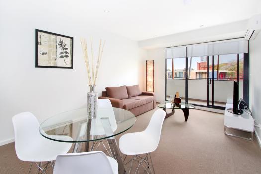 16/23 Irwell Street, St Kilda, Melbourne - Image 1 - St Kilda - rentals