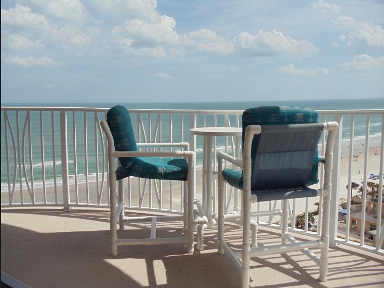 You'd look good sitting here enjoying spectacular sunrises and warm ocean breezes. - Daytona Beach Oceanfront/Awesome Views & Amenities - Daytona Beach - rentals
