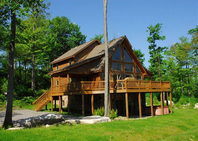 Exterior - Marvelous 5 Bedroom Log Chalet w/ Hot Tub in private community! - McHenry - rentals