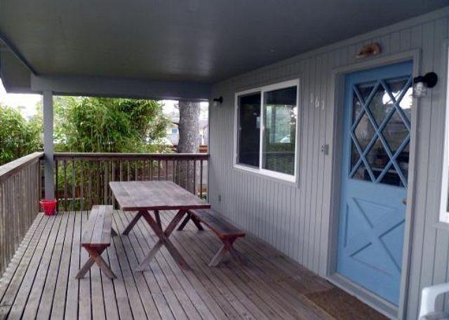 Deck - CABIN AT THE BEACH - Manzanita - rentals