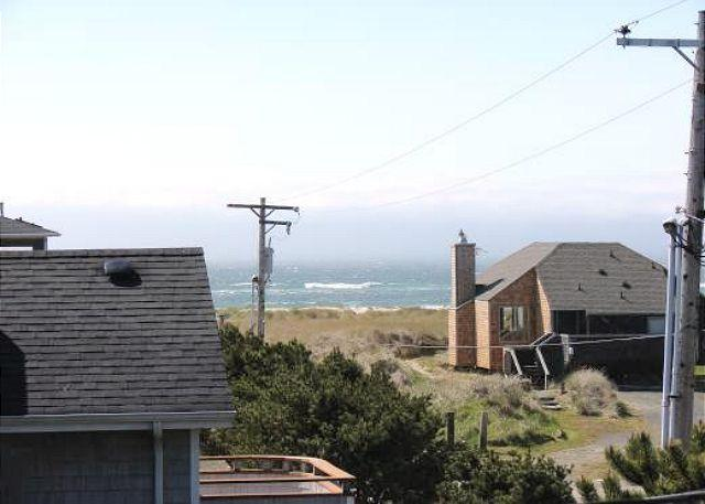 Ocean View - GENTLE BREEZE~Vaulted ceilings, spacious kitchen great for a large family - Manzanita - rentals