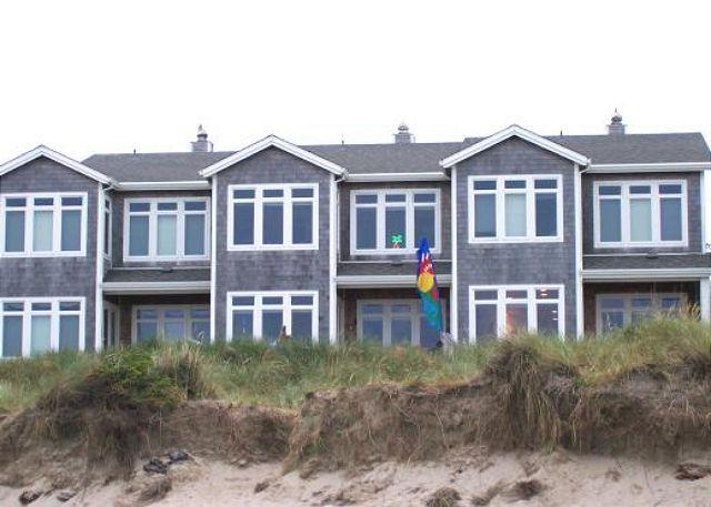 Ocean Side - PACIFIC PARADISE ~Elegant ocean front condo in town! - Rockaway Beach - rentals
