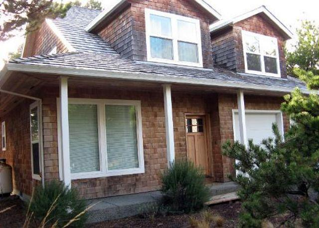 Street Side - SOLITUDE HOUSE ~Love to golf? Then this house is perfectly located for you. - Manzanita - rentals