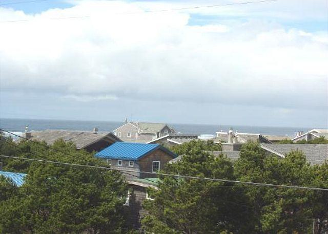 Ocean View - TRADEWINDS ~MCA#174~Charming beach cottage close to Nehalem Bay State Park! - Manzanita - rentals