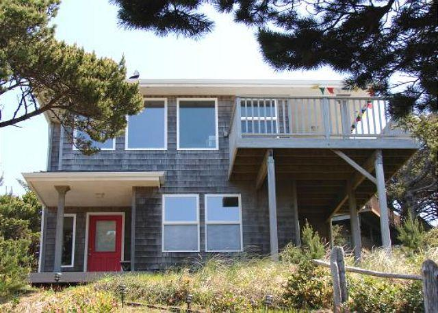 Street Side - TRANQUIL TREASURE ~Enjoy Mountain and Ocean Views from this delightful home. - Manzanita - rentals