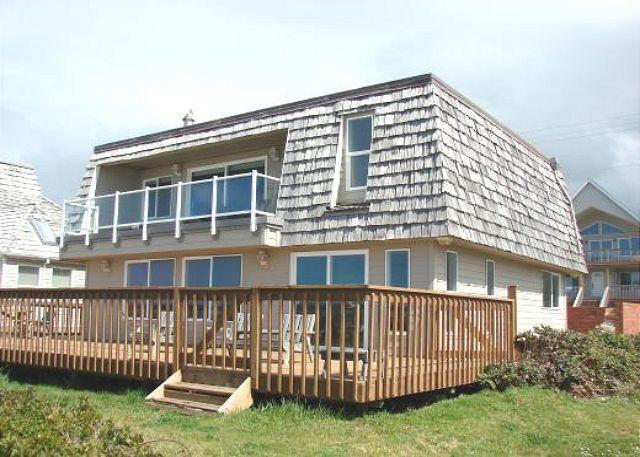 Ocean Side - VALHALLA~Oceanfront and perfect for larger groups, reunions and retreats. - Rockaway Beach - rentals