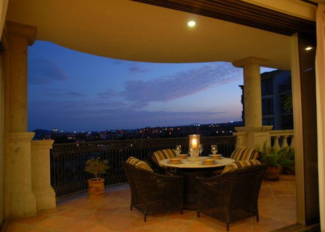 The spacious balcony at the condo Casa Ensueno. - Casa Ensueno - 3BD/3.5BA Ocean View Condo, Sleeps 6, Pool & Golf - Cabo San Lucas - rentals
