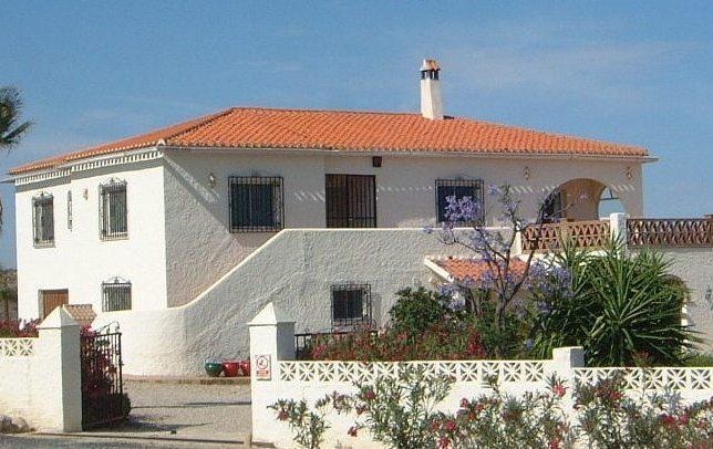 Las Tortugas - Spacious villa with pool in peaceful location - Vera - rentals