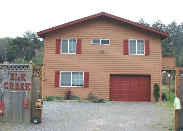 Street Side - ELK CREEK - Manzanita - rentals