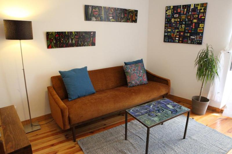 Living room - sofa-bed - Alfama House: AIRPORT PICK-UP & Best quality/price - Lisbon - rentals