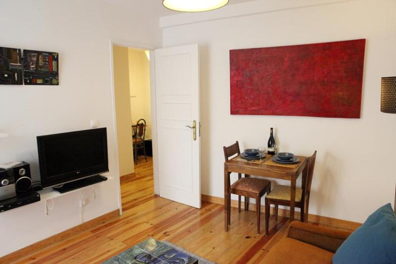 Living room - Alfama House: AIRPORT PICK-UP & Best quality/price - Lisbon - rentals