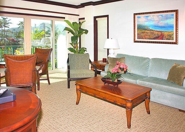 Waipouli #E-205: 2bdr/3bath condo with city and garden views!! - Image 1 - Kapaa - rentals