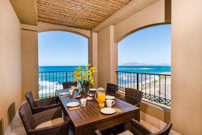 Huge Beachfront Penthouse w/ Stunning Ocean Views - Image 1 - Tamarindo - rentals