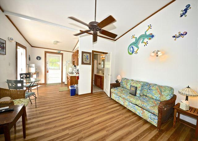 """JASMINE SUITE"" - Private Parking - Great Location - 1 Block From Duval St. - Image 1 - Key West - rentals"