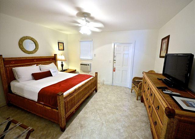 "Queen Sized Bedroom With A/C and TV - ""MONROE SUITE - NIGHTLY"" - A Block From Duval St. 'Night Life' - Key West - rentals"