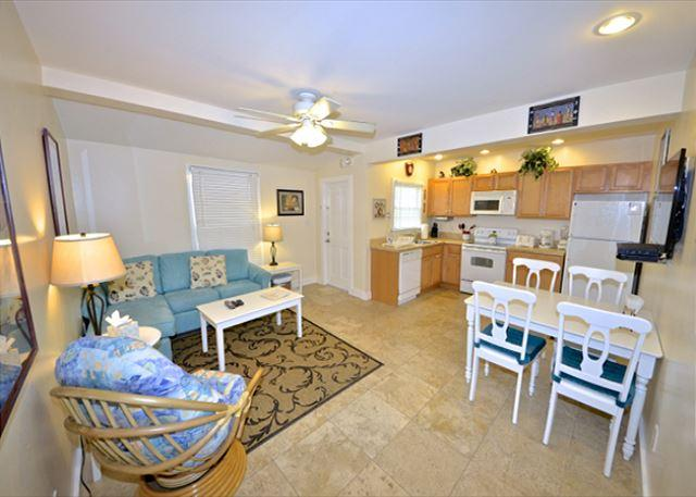 """""""SEA BREEZE""""  - Luxurious 2/1 Condo in Old Town, A Parrot Heads Paradise! - Image 1 - Key West - rentals"""