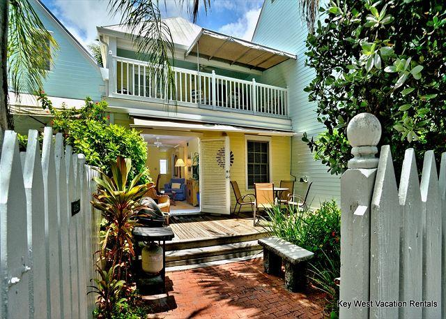"""SHIPYARD"" - WEEKLY OR MONTHLY (Truman Annex) - A Short Stroll to Sunset! - Image 1 - Key West - rentals"