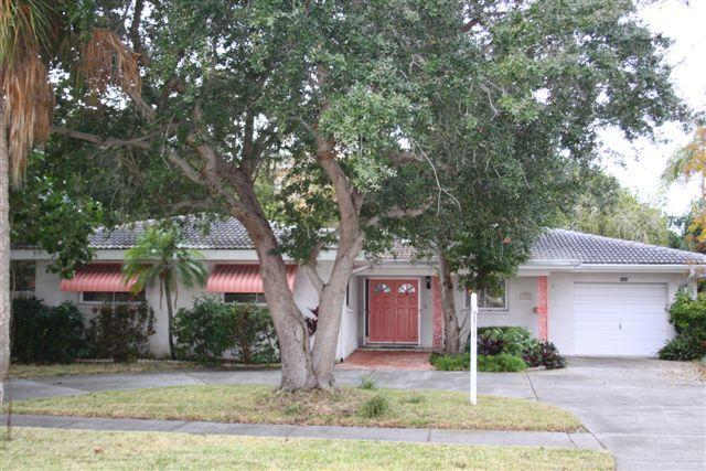 PINK PEARL BEACH HOUSE - PINK PEARL House at  Beautiful Clearwater Beach! - Clearwater - rentals