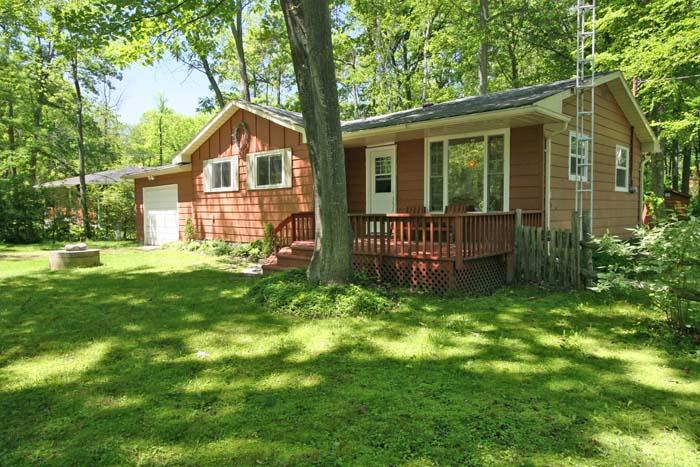 Kettle Point cottage (#572) - Image 1 - Lambton Shores - rentals