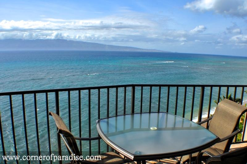 Valley Isle Resort #1010 - Oceanfront Corner Unit - Image 1 - Lahaina - rentals