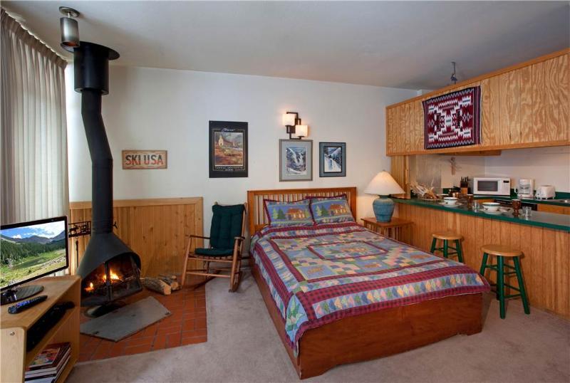 107 - Image 1 - Taos Ski Valley - rentals