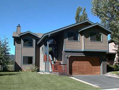 Exterior - 464 Capri Drive - South Lake Tahoe - rentals